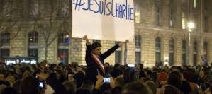 La folla a Parigi